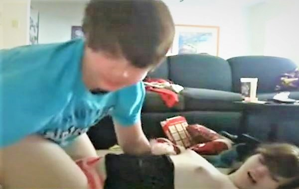 Young Boy Lick Pussy 1st Time