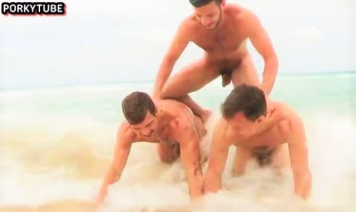 threesome with facial